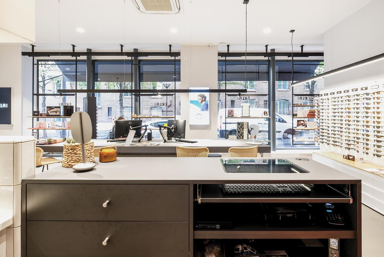 reception desk optical store